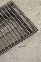 Hvordan kan et Basement Flood Med en Perimeter Drain System & Sump Pit?
