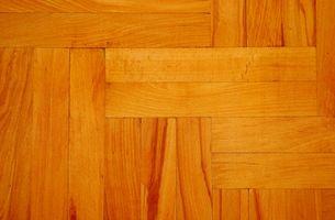 Hvordan Paint Interiør tregulv med Deck Stain