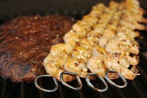 Hvordan lage en gjør-det-selv utepeis Barbecue