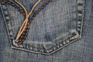 Slik fjerner Fabric Paint Fra Jeans