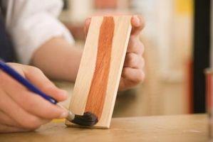 Slik fjerner Wood Stain med saltsyre