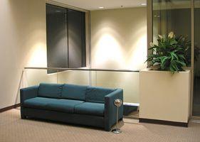 Den gjennomsnittlige kostnaden for rengjøring en sofa