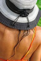 Hjem rettsmidler for å fjerne Sunless Tanning Lotion