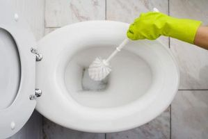 Slik unngår flekker i din Toilet Bowl