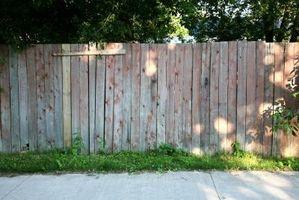 Gjør-det-selv Wood Fence Rengjøring