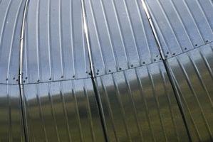 Hvordan installerer jeg Duct Arbeid & Ovner for oppvarming og kjøling Homes?
