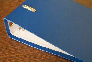 Hvordan få en Elmer Malere Opaque Paint Marker av en Binder