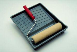 Hvordan bruke en Paint Roller søke Asfalt Sealer