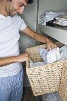 Hvordan legge til et skap til et soverom for Klesvask