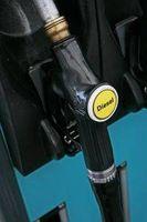 Hvordan bli kvitt Diesel Fuel Smell