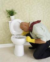 Hva kan brukes til å bli kvitt vann linje i en Toilet Bowl?
