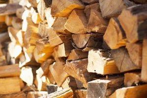 Hvordan Cut og Stack Brensel
