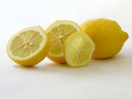 Vil kutte Lemons & sure matvarer Skade granitt benkeplater?
