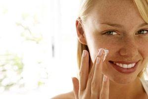 Hvordan få Makeup av veggene