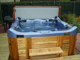 Kjemikaliene som trengs for å starte opp en Hot Tub