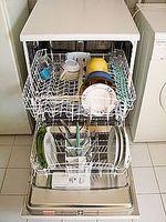 Stinkende oppvaskmaskin