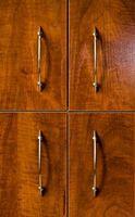 Hvordan Clean Wood Skap med terpentin og linolje