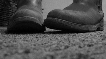 Hvordan Clean Carpet Med Alvorlig Flekker