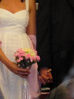 Hvordan lage en Wedding Toss Bouquet
