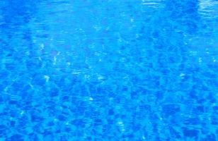 Hvordan bli kvitt Vann Bugs i din Inground Salt Pool