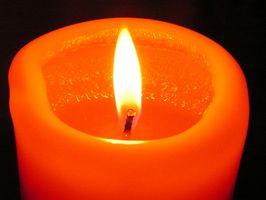 Slik fjerner Candle Wax Fra Wood