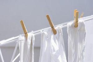 Hvordan å bleke klær bedre uten Vaske