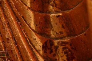 Slik fjerner Husdyrgjødsel flekker fra bronse