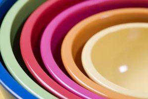 Slik fjerner mat flekker Fra Plast Boller