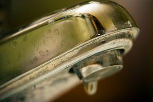 Slik reparerer badekar kraner