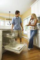 Hvordan få Retter Rengjør i en oppvaskmaskin uten Phosphates