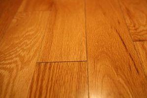 Hvordan lage en Carpet Runner Bo på en Wood Floor