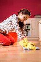 Hva Cleaner fjerner Gummi-Backed Rug misfarging fra Linoleum?