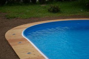 Slik Care for en glassfiberoverflate Pool