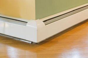 Hvordan drenere vann fra en baseboard Heating System