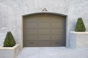 Hvordan velge en Overhead Garage Door