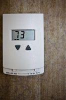 Hvordan Koble en Air Conditioner Termostat