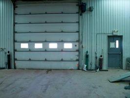 Slik feilsøker Electric Eye i en Sears Craftsman Garage Door