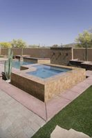 Hvordan legge til en badestamp til en eksisterende Pool
