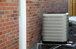 Hvordan Koble fra ledninger og fjerne en Control Board på en varmepumpe