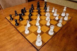 Hvordan lage en Chess Flower Arrangement