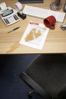 Hvordan lage en papp Desk Top Organizer