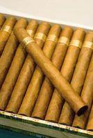 Hvordan lage en Wooden Cigar Box