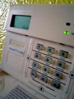 Slik installerer Hjem alarmsystemer