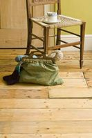 Fjerne mørke flekker på en Wood Floor