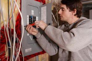 Hvordan å rense en elektrisk Box