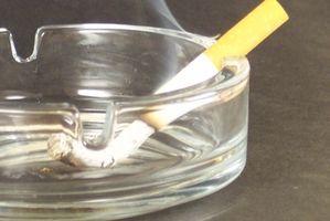 Slik fjerner sigarettrøyk lukt fra Fabric