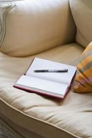 Hvordan får blekk ut av din Trukket Couch