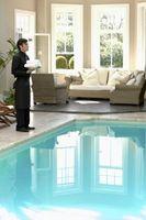 Hva Vil du legger i bassengvannet for å holde det rent?