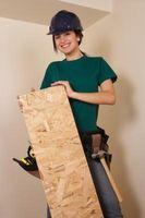 Hvordan Paint en Plywood Porch
