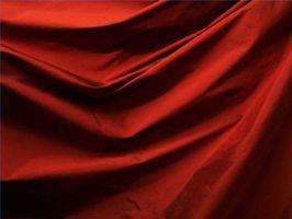 Hvordan Vask Silk Klær